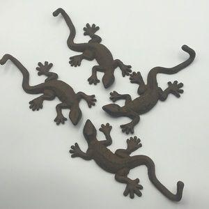 Cast Iron Geckos Hangers Set of 4